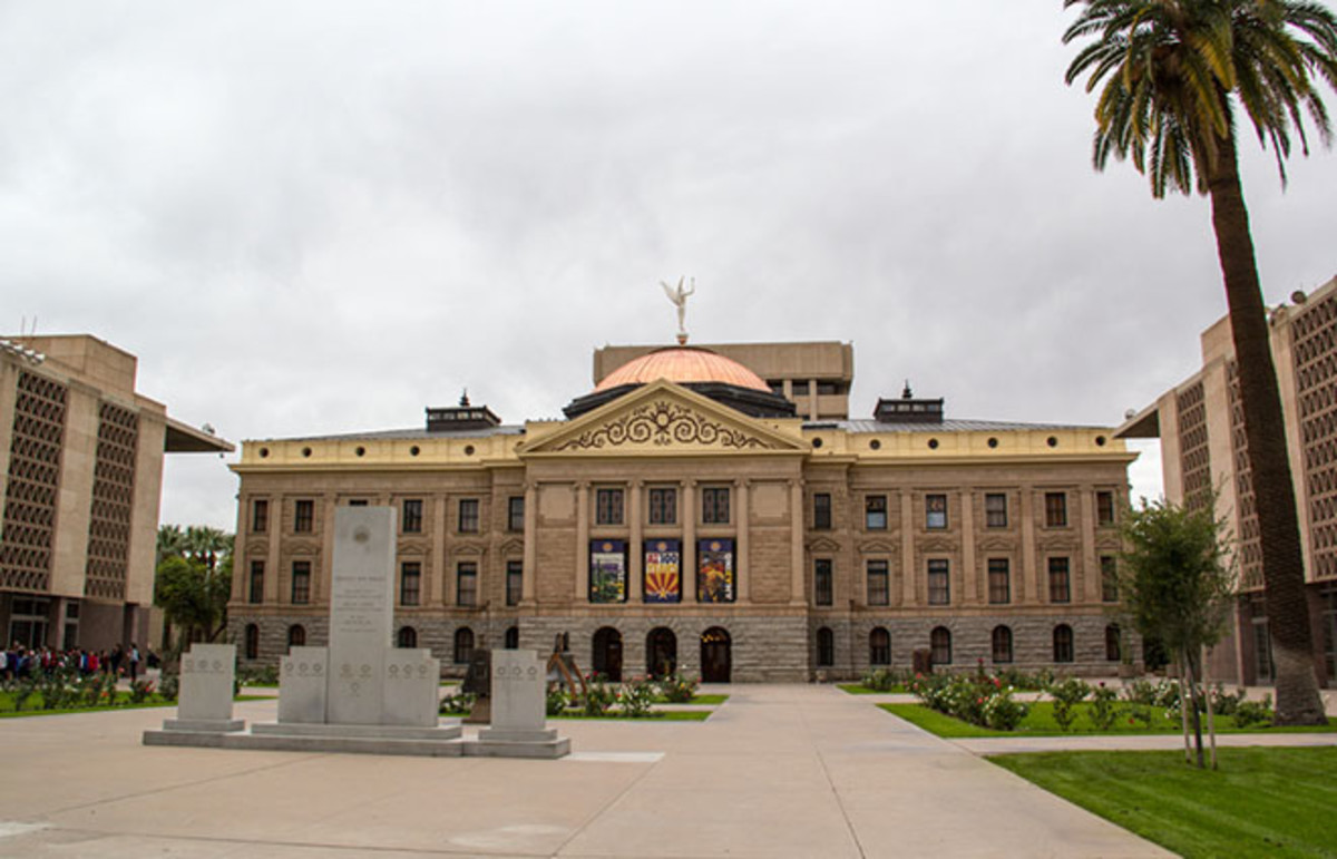 The Arizona State Capitol in Phoenix. (Photo: Sue Stokes/Shutterstock)