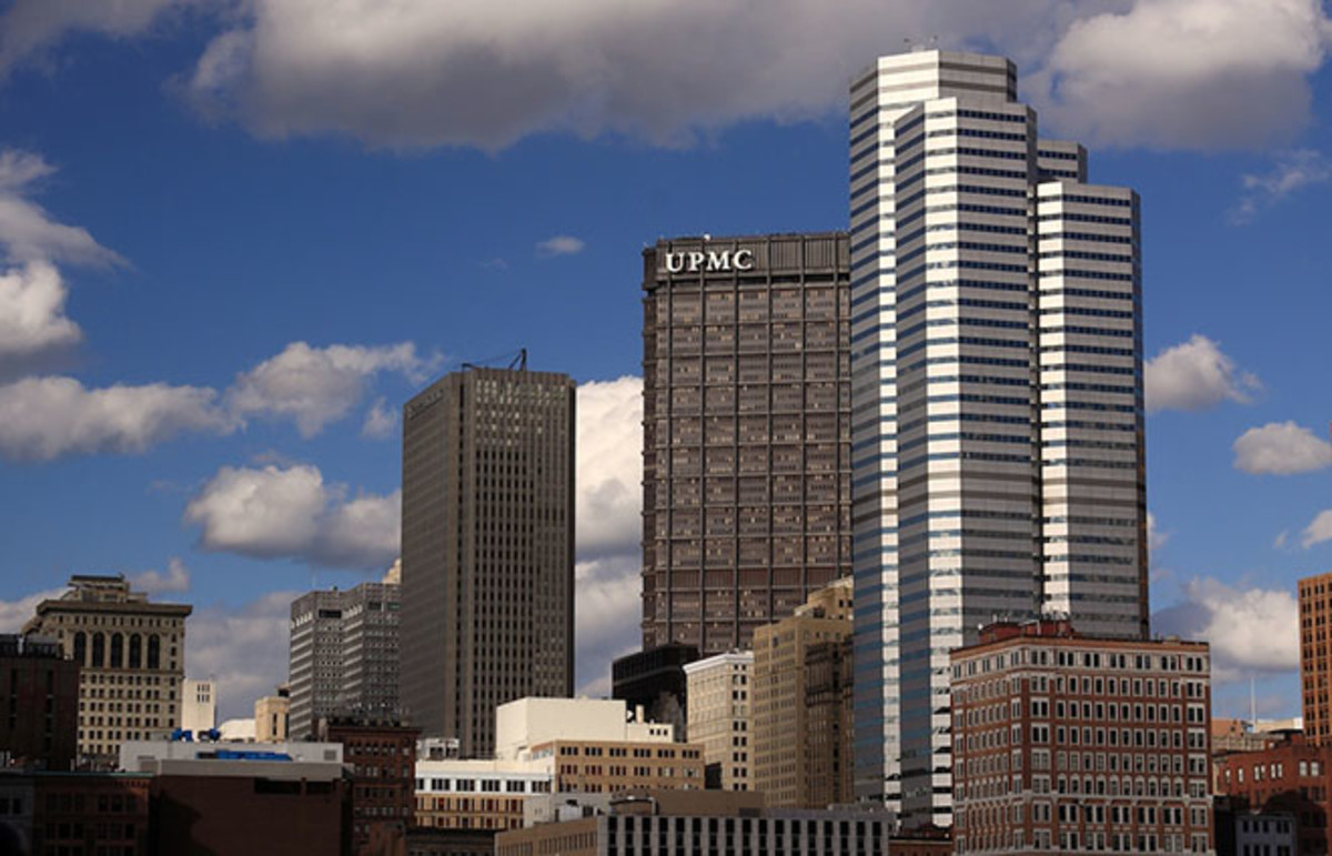 Downtown Pittsburgh Skyscrapers seen from Station Square. (Photo: Zach Rudisin/Wikimedia Commons)