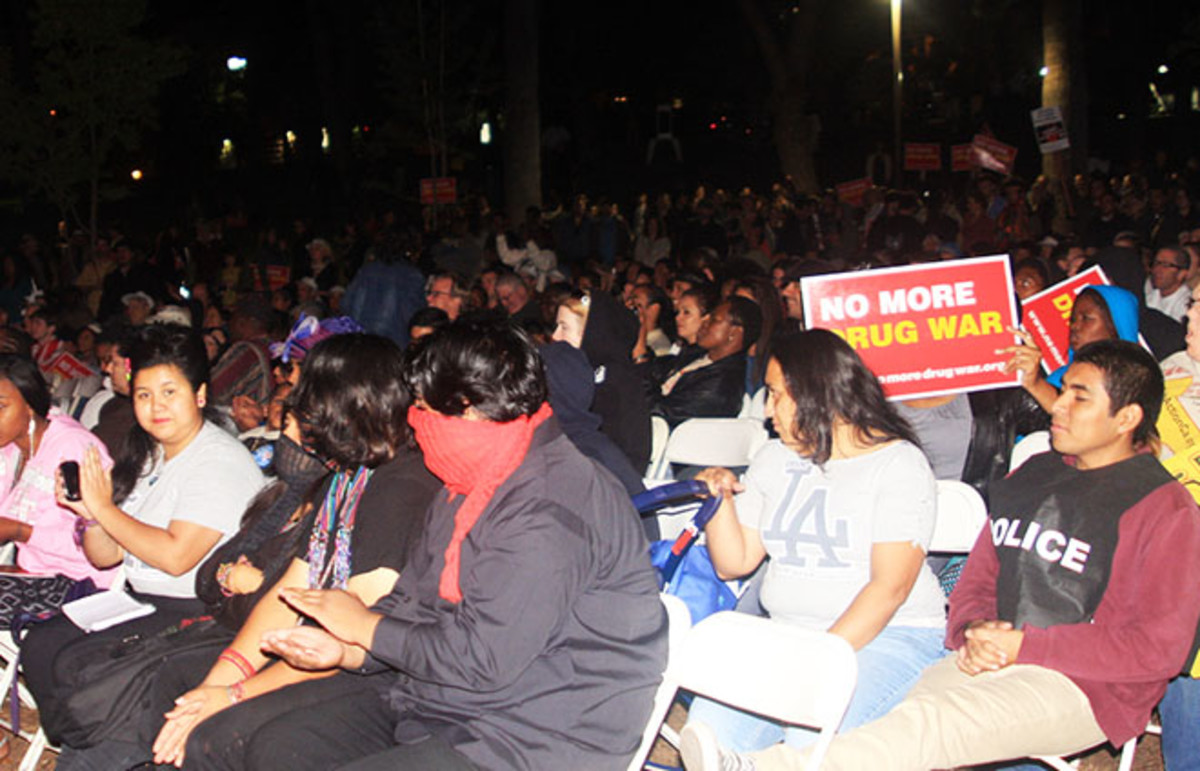 A rally and concert to end the war on drugs in Los Angeles' MacArthur Park. (Photo: Neon Tommy/Flickr)