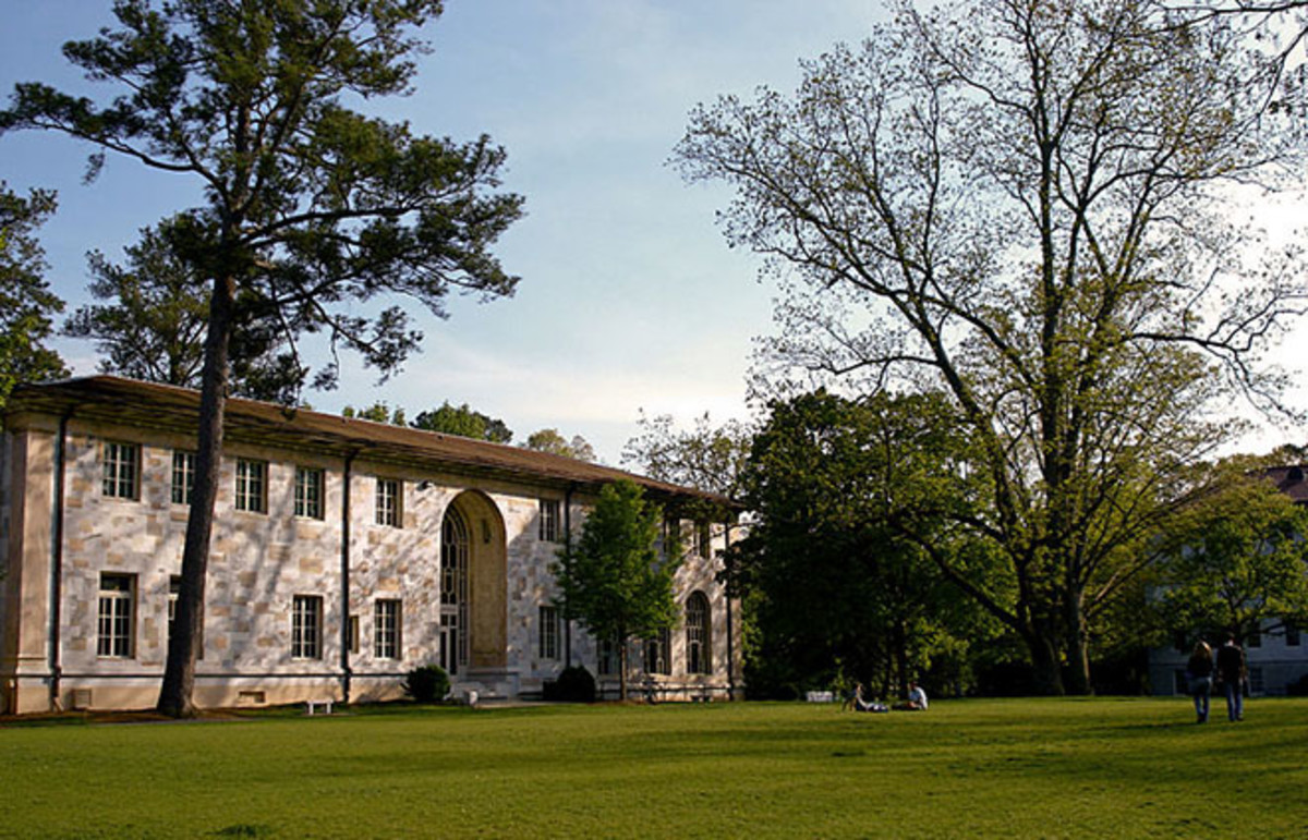 Michael C. Carlos Hall at Emory University. (Photo: Mpspqr/Wikimedia Commons)
