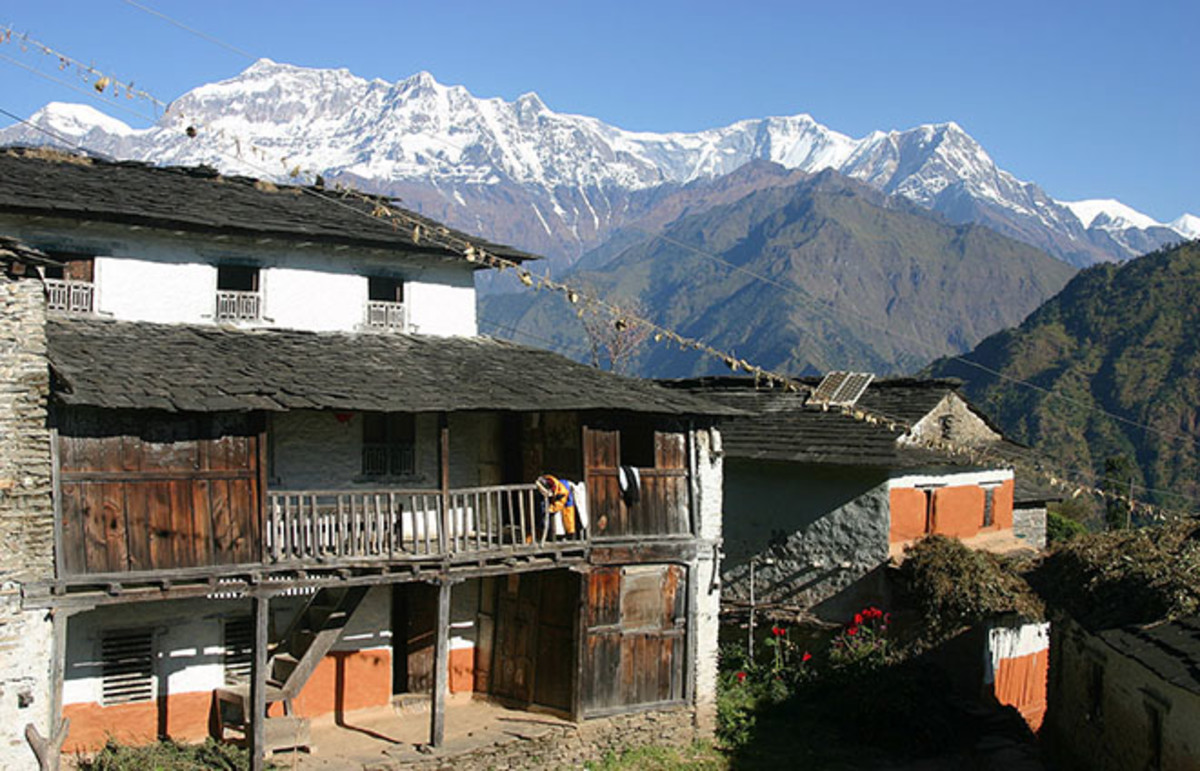 A mountain village in Nepal. (Photo: Donald Macauley/Wikimedia Commons)