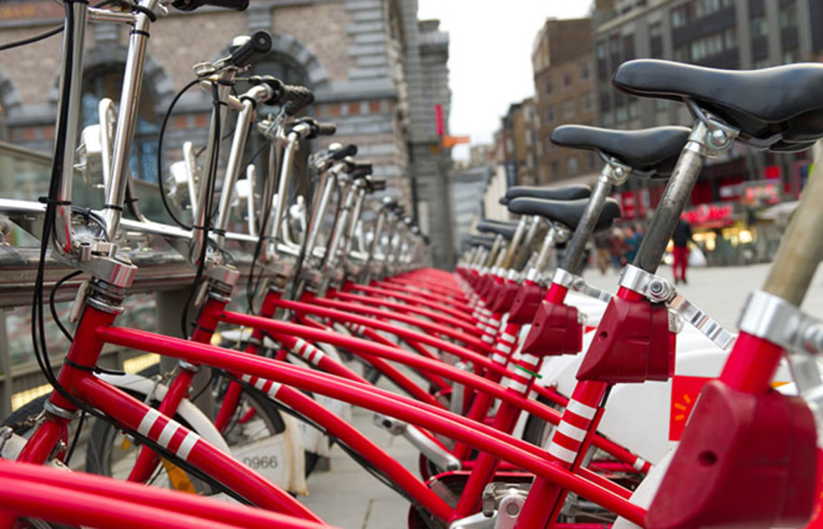 Who hasn't used a bike share? (Photo: hans engbers/Shutterstock)