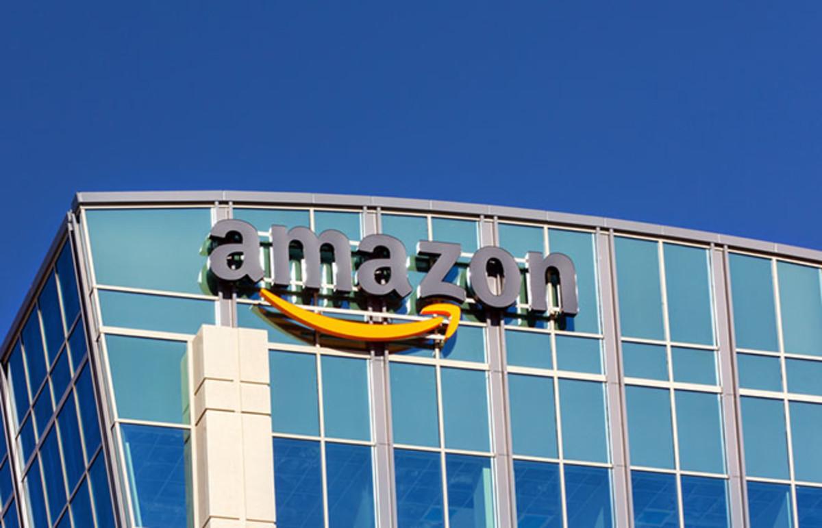 Amazon building in Santa Clara, California. (Photo: Ken Wolter/Shutterstock)