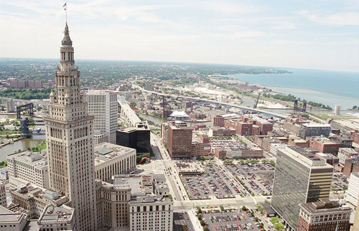 The Terminal Tower complex of Cleveland, Ohio. (Photo: Lisa Chamberlain/Wikimedia Commons)