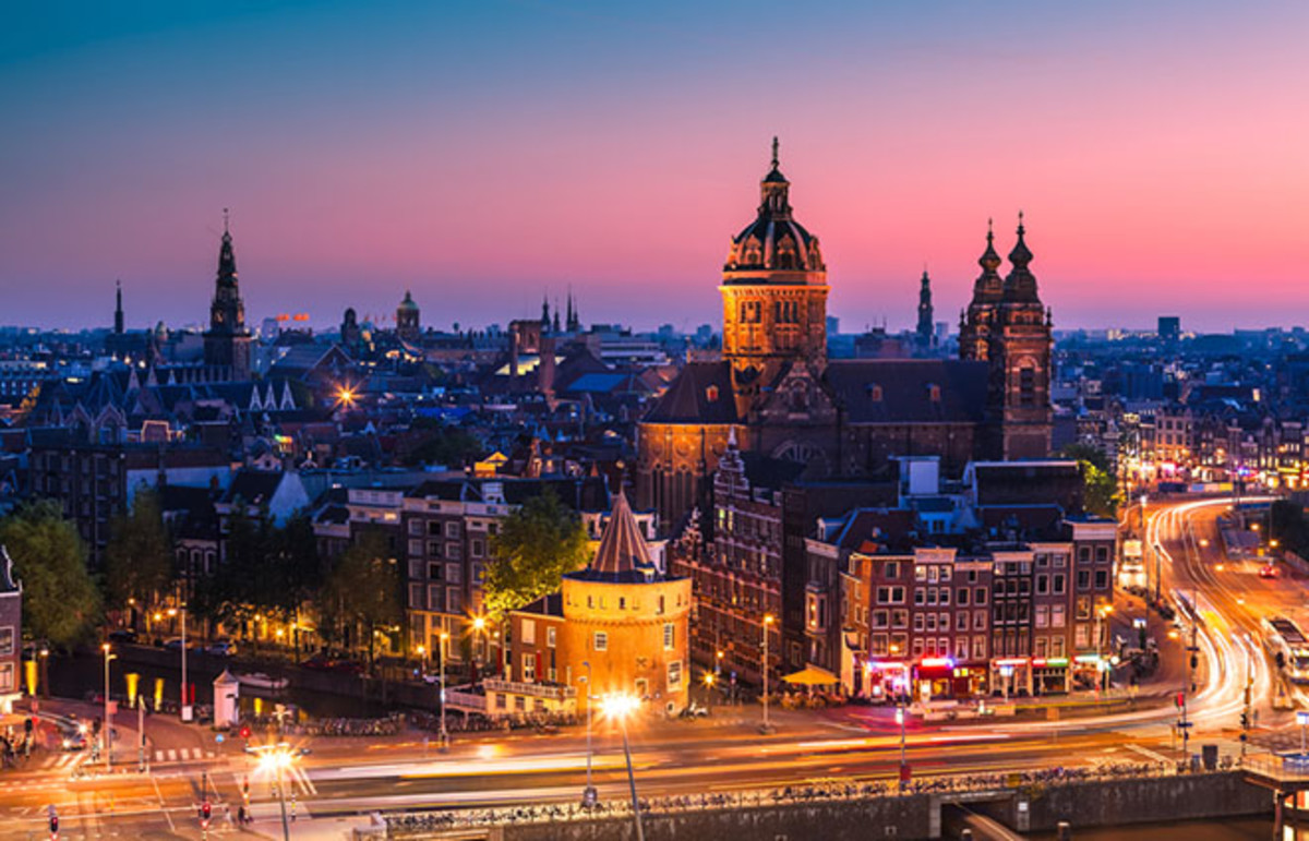 Amsterdam. (Photo: INTERPIXELS/Shutterstock)