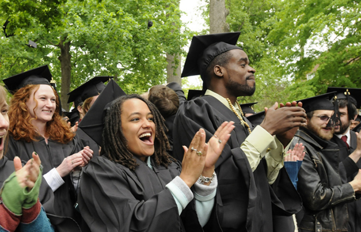 Class of 2010 graduates from Earlham College. (Photo: earlhamcollege/Flickr)
