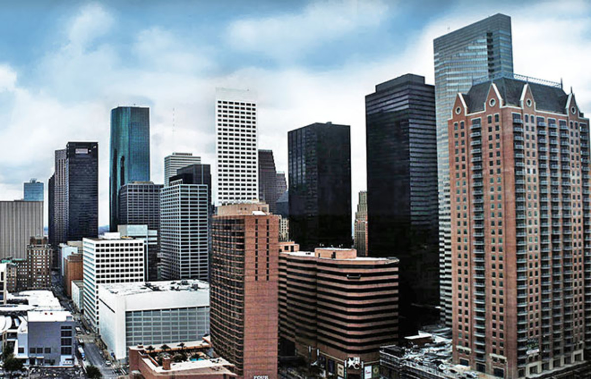 The eastern view of downtown Houston. (Photo: Hequals2henry/Wikimedia Commons)