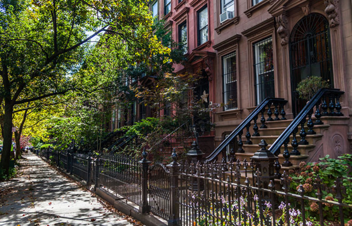 Brownstones in Brooklyn. (Photo: turtix/Shutterstock)