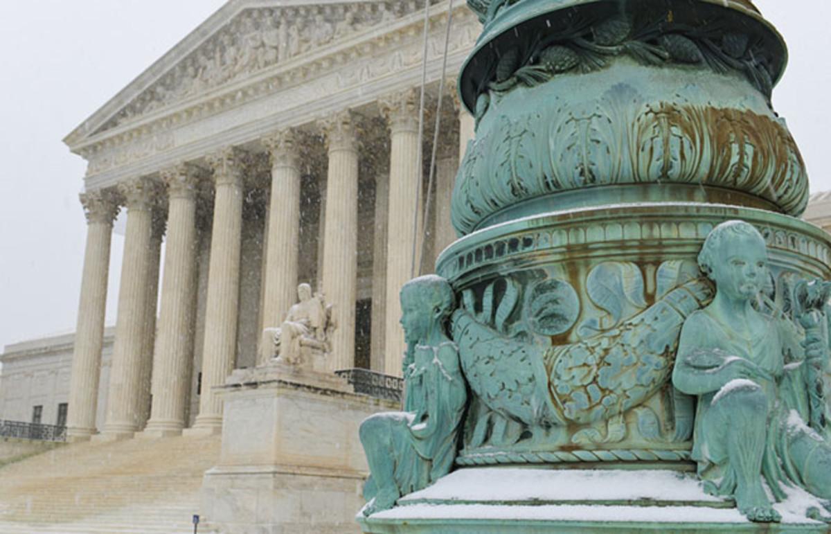 Supreme Court building in Washington, D.C. (Photo: Orhan Cam/Shutterstock)