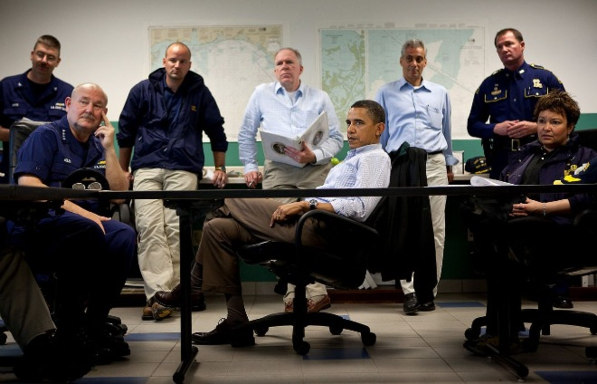 Obama attends a 2010 briefing on the BP oil spill in Venice, Louisiana. (Photo: Wikimedia Commons)