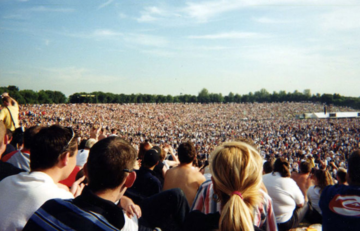 The crowd at an Eminem performance. (Photo: Ben Sutherland/Flickr)
