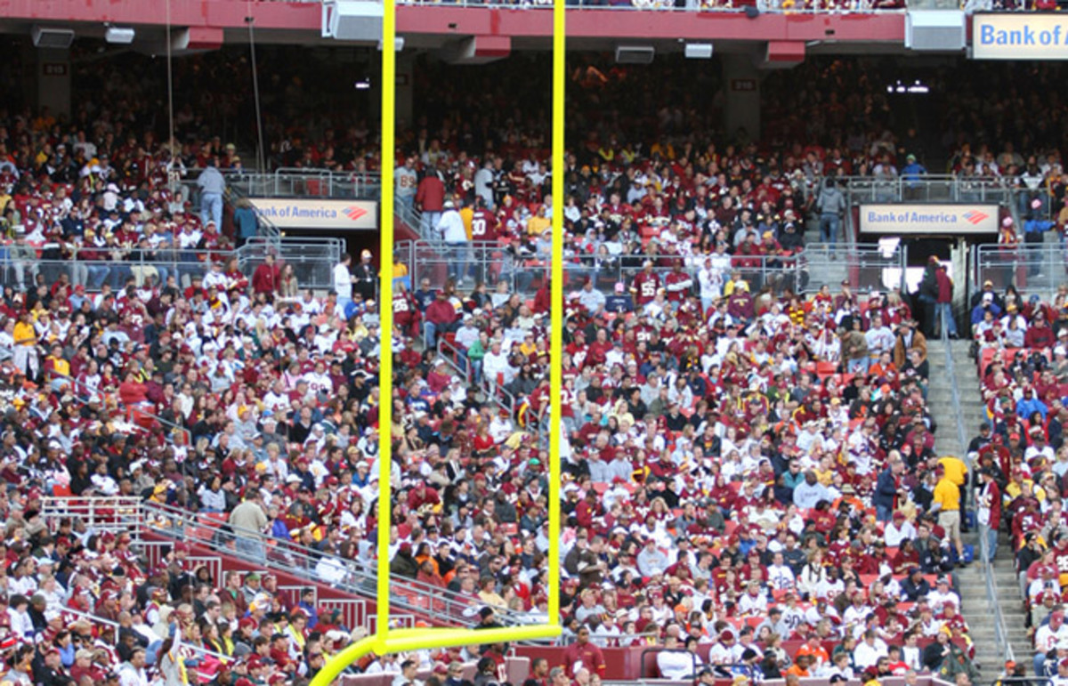 A look at the crowd at FedExField. (Photo: Olga Bogatyrenko/Shutterstock)
