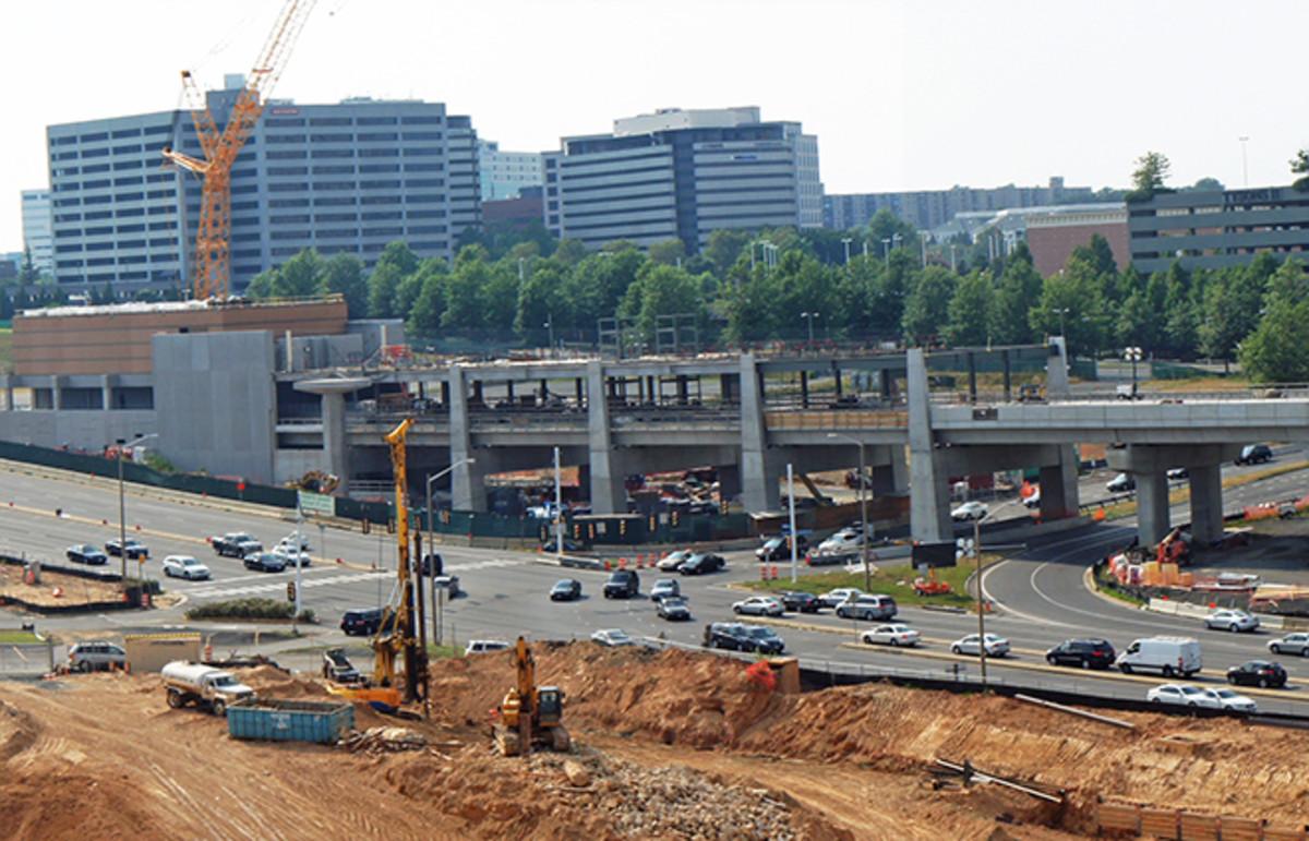 The Silver Line under construction. (Photo: Mario Roberto Durán Ortiz/Wikimedia Commons)