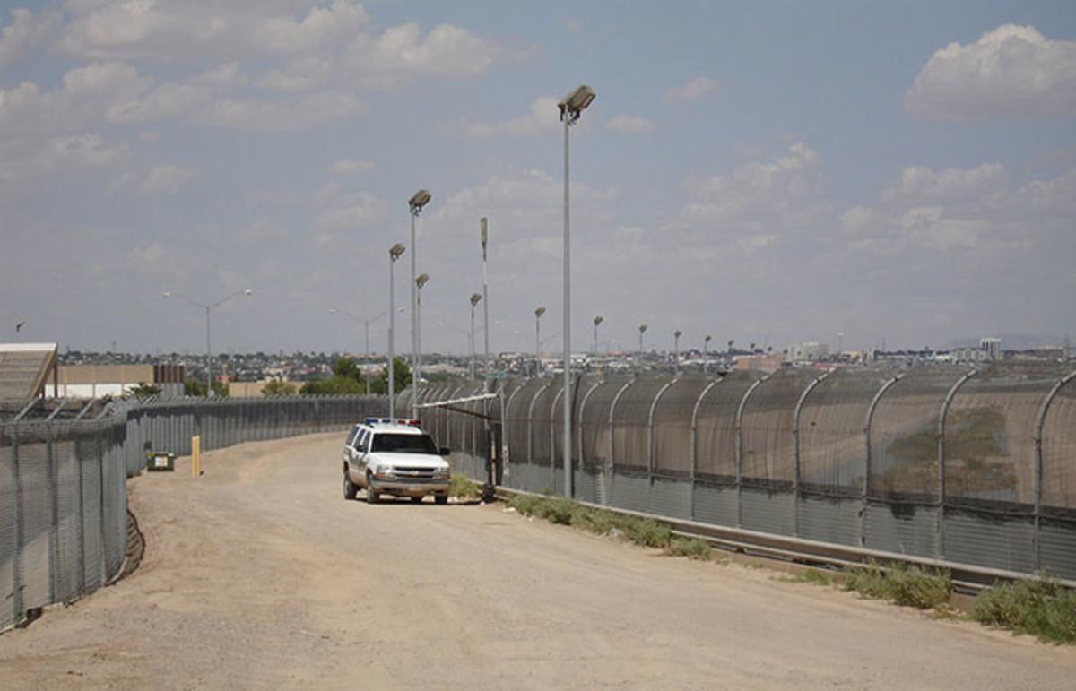 border-2