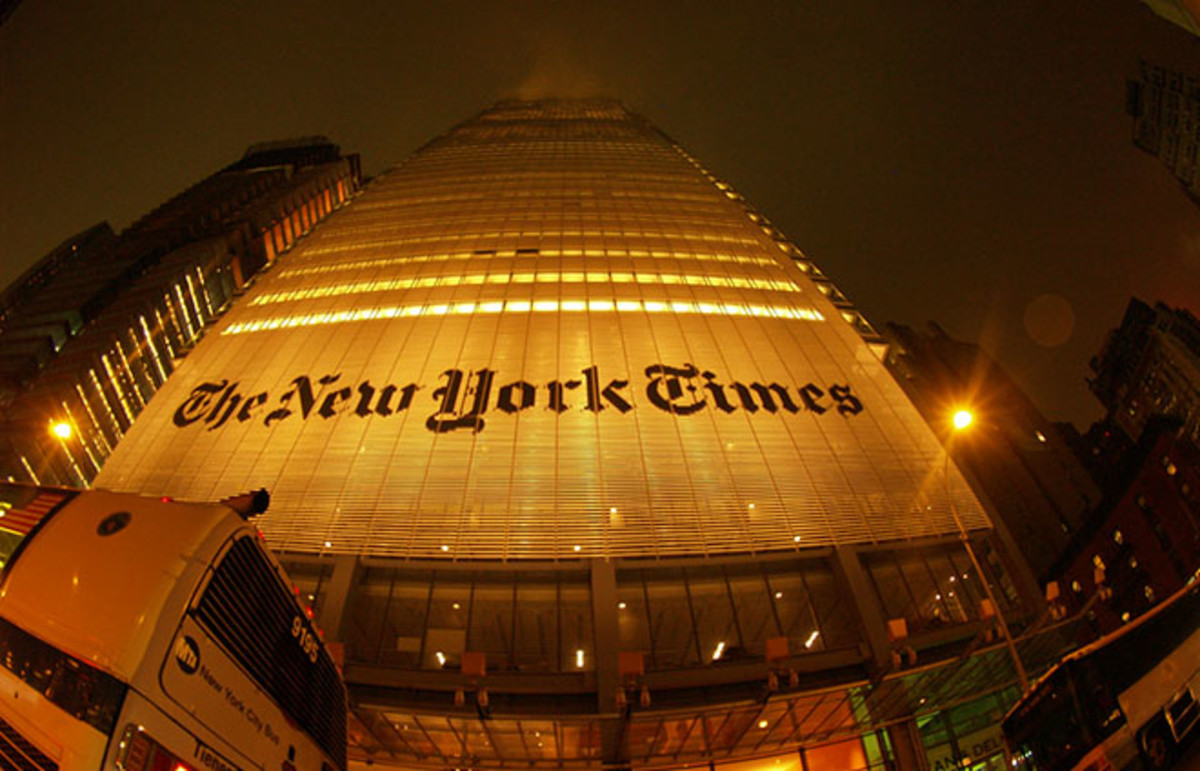 The New York Times building. (Photo: Alexander Torrenegra/Flickr)