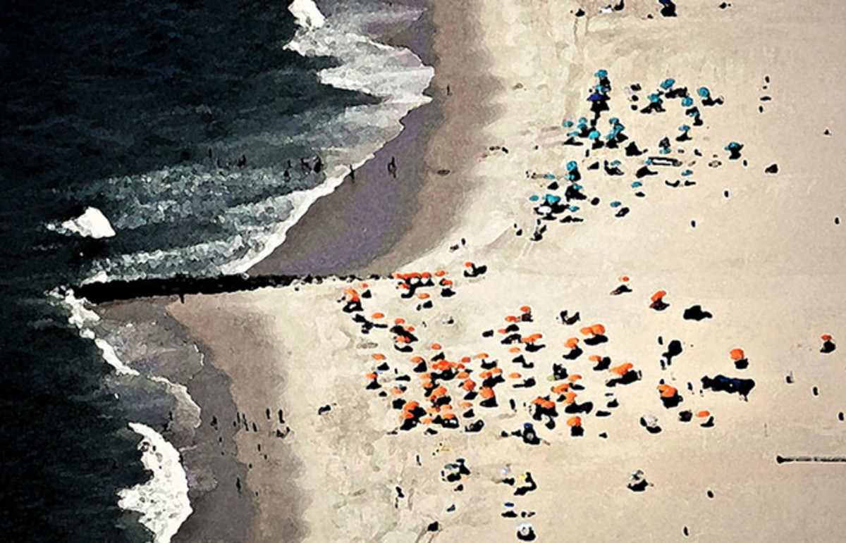Segregation on a New Jersey beach. (Photo: Tom Hart/Flickr)