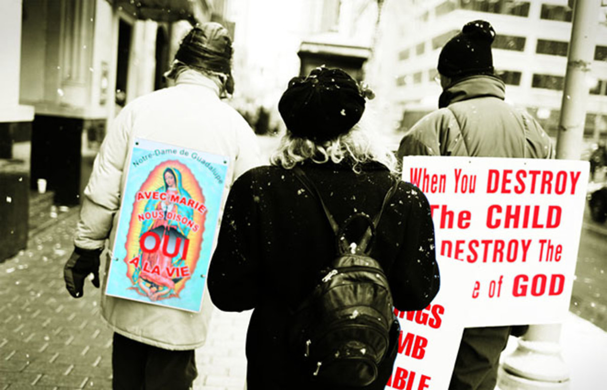 Pro-life rally. (Photo: tsaiproject/Flickr)