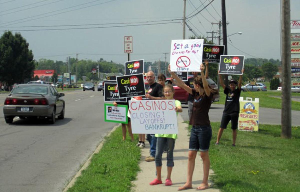casino-protest