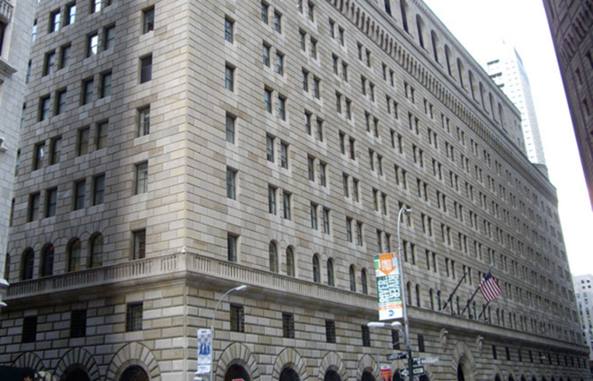 Federal Reserve Bank of New York building. (Photo: Dmadeo/Wikimedia Commons)