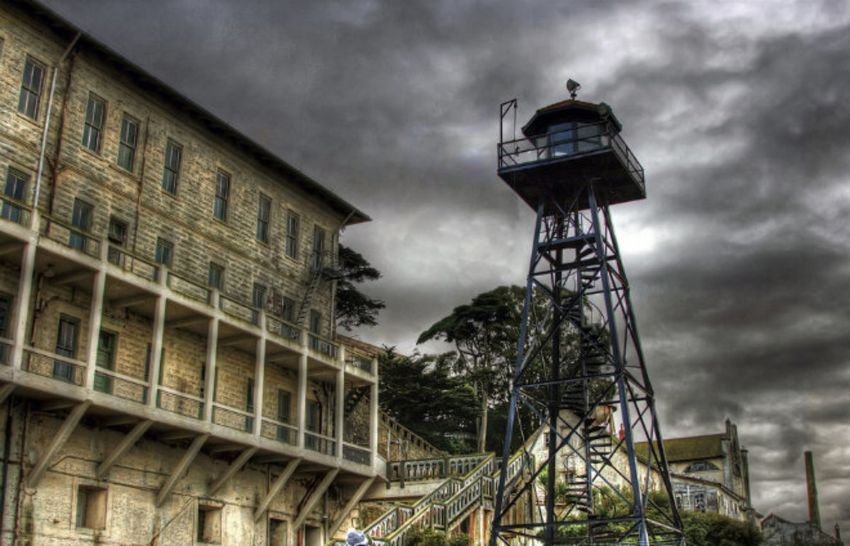 Alcatraz Federal Penitentiary. (Photo: vgm8383/Flickr)