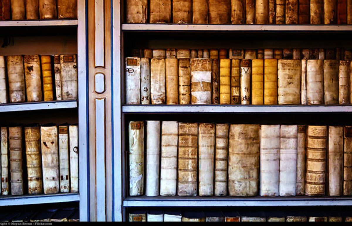 Old books inside the library of Strahov, Prague. (Photo: Moyan Brenn/Flickr)