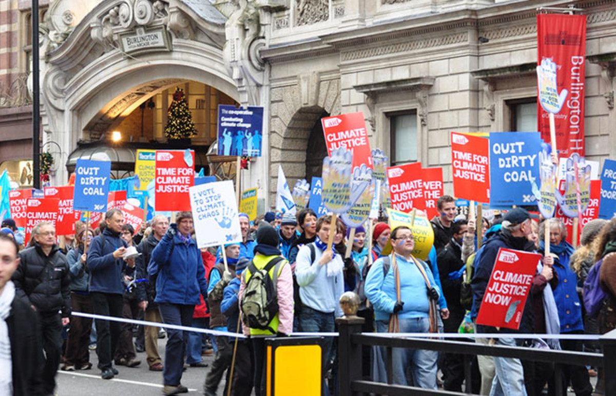 Marching in a climate change protest. (Photo: Michael Gwyther-Jones/Flickr)