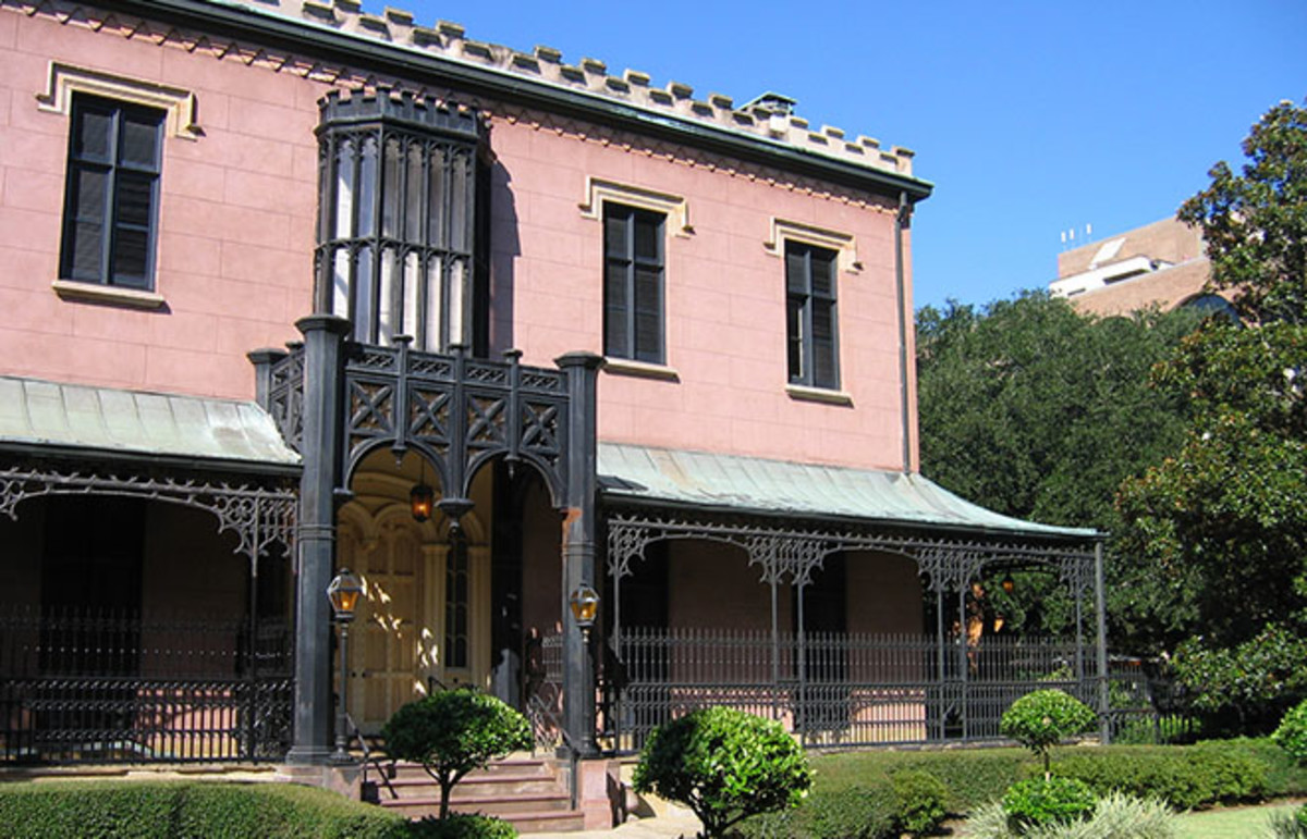 The Green-Meldrim house, where General Sherman stayed after taking Savannah in 1864. (Photo: Aude/Wikimedia Commons)