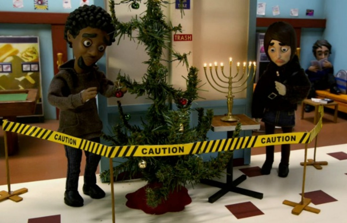 The Greendale gang celebrates all faiths in Community. (Photo: NBC)