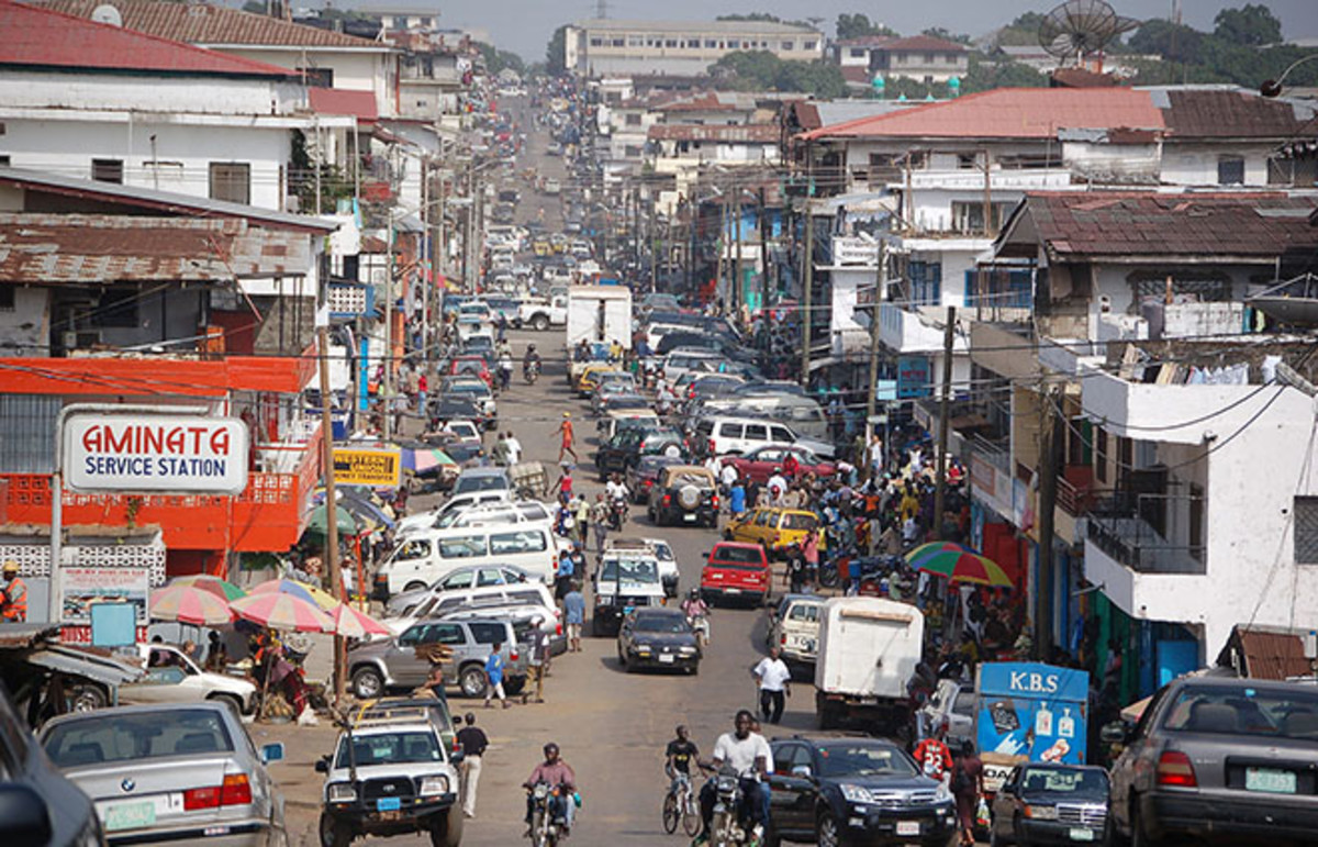 A street in downtown Monrovia, Liberia. (Photo: Erik Hersman/Wikimedia Commons)