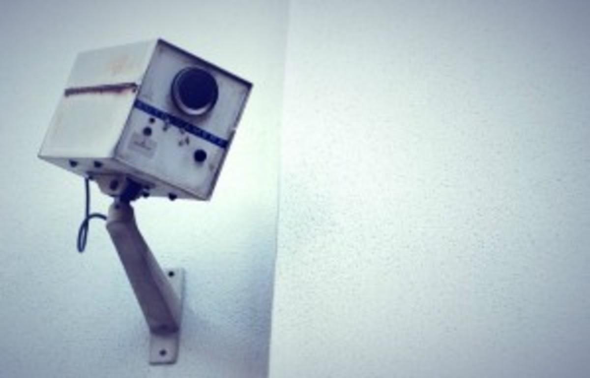 surveillancecamera-300x192
