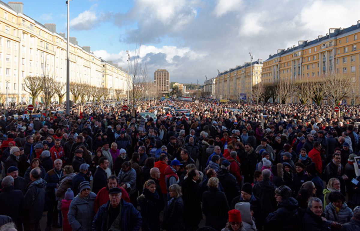 A rally in support of the victims of the Charlie Hebdo shooting. (Photo: Thomas Bresson/Flickr)