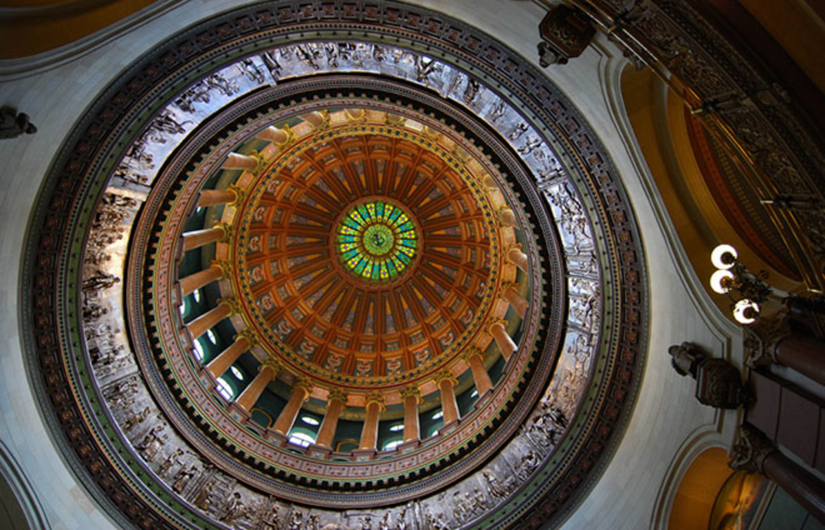Statehouse dome in Springfield, Illinois. (Photo: LongitudeLatitude/Flickr)