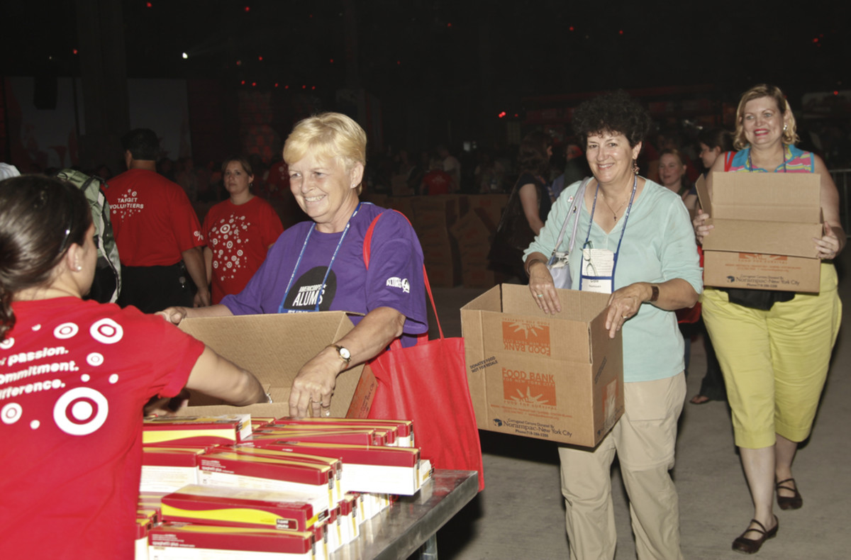 Volunteers help assemble meals at a Target Party for Good in New York City. (Photo: lev radin/Shutterstock)