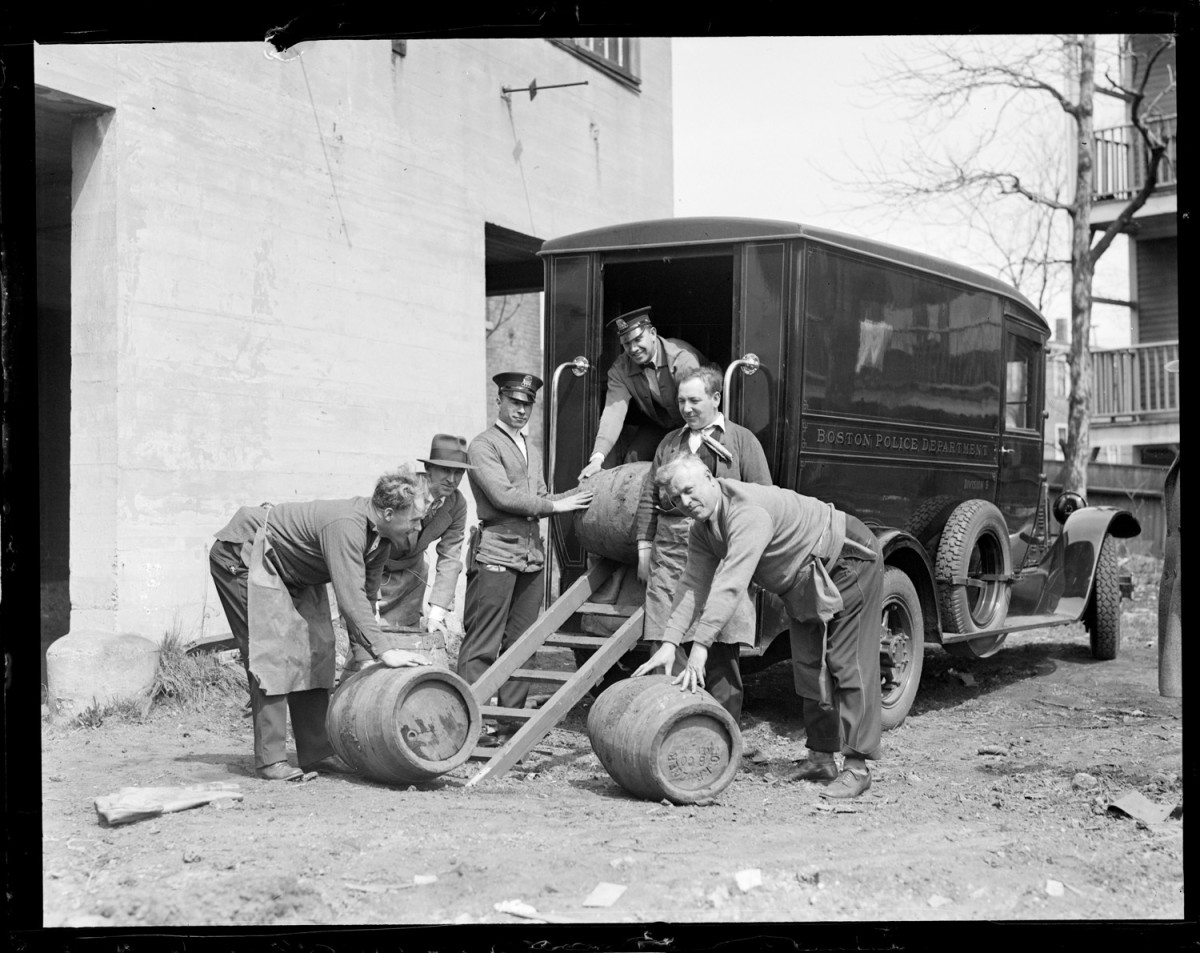 Boston Police load seized casks onto a truck, circa 1930. In some places, people are still waging a war against booze. (Photo: Boston Public Library)