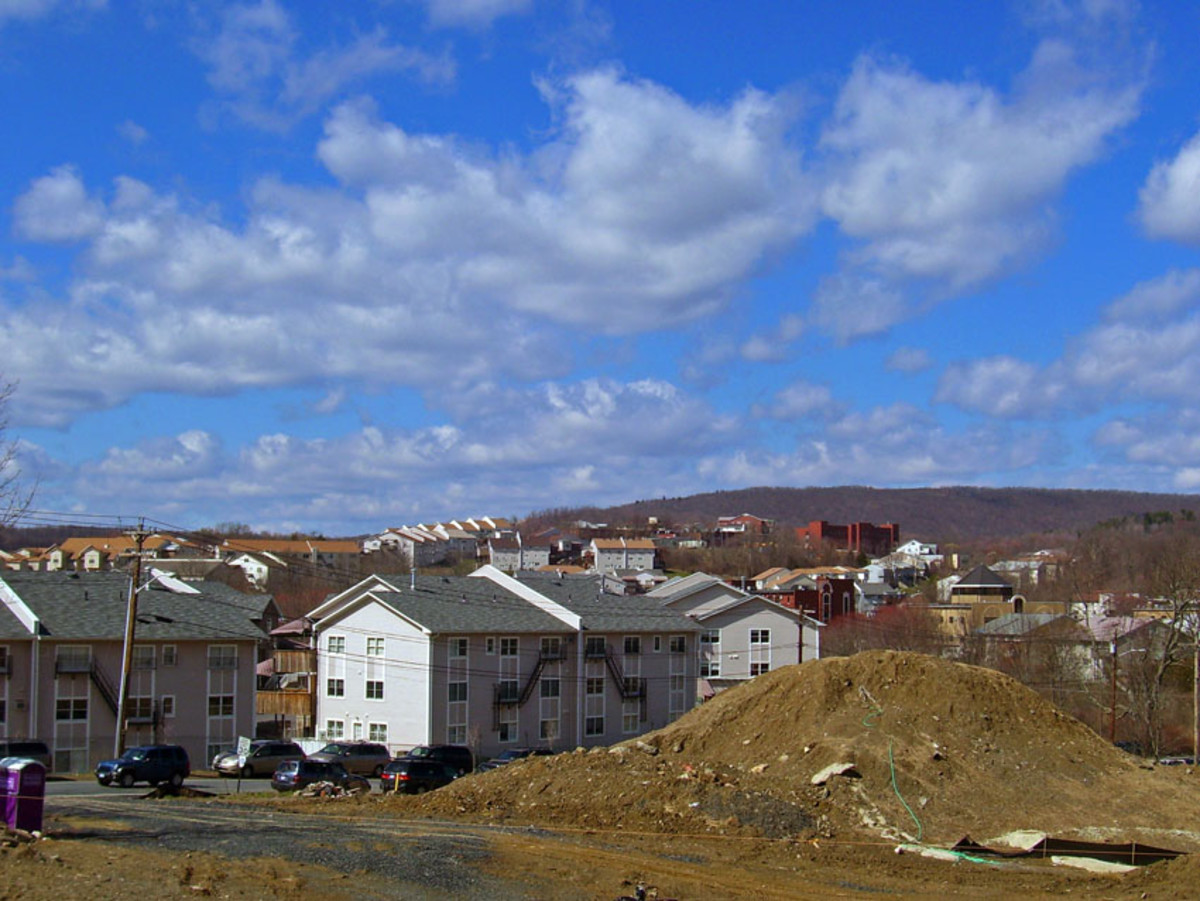 As of the 2000 census, Kiryas Joel, New York, had the lowest per capita income of any location with a population over 10,000 in the United States. (Photo: Daniel Case/Wikimedia Commons)
