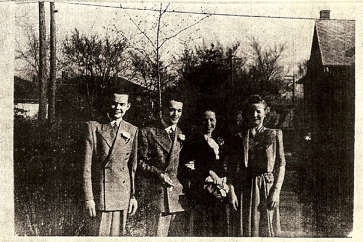 Bud Kelder (far left) before World War II. (Photo: John Eakin)