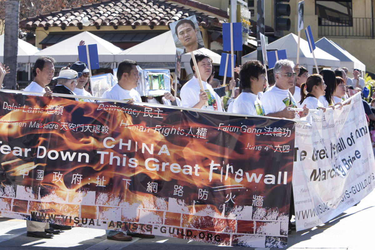 Protesters march against China's censorship of the Internet at the Doo Dah Parade on January 18, 2009, in Pasadena, California. (Photo: Jose Gil/Shutterstock)