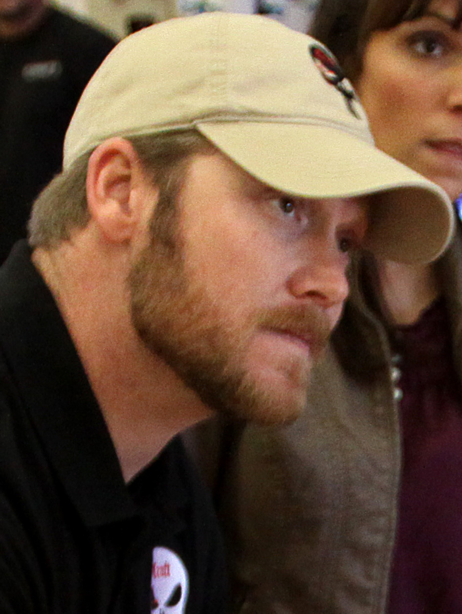 Chris Kyle during a book signing at Camp Pendleton in January 2012. (Photo: Cpl. Damien Gutierrez/Wikimedia Commons)
