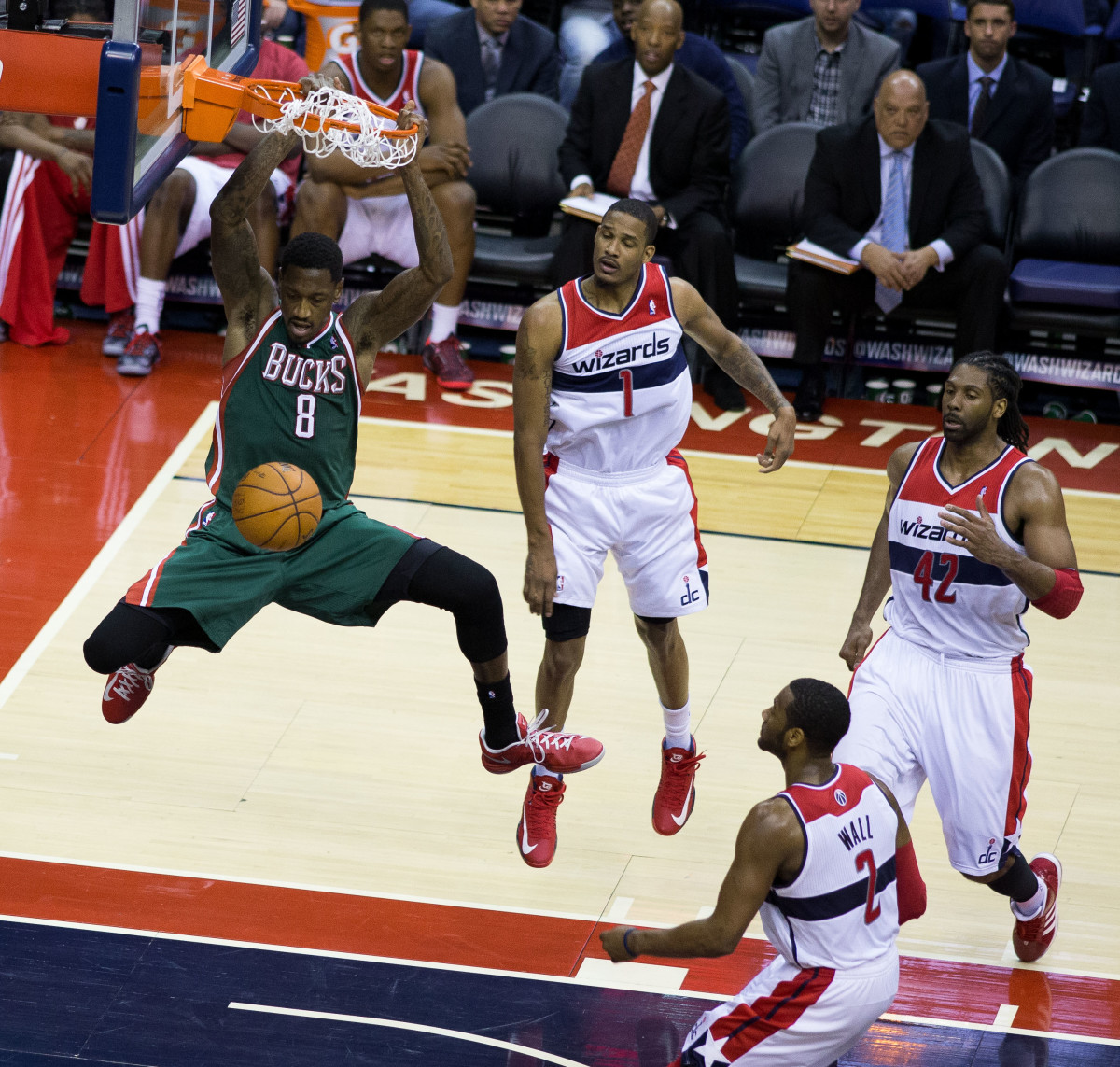 Larry Sanders dunking in a game in March 2013 against the Washington Wizards. (Photo: Keith Allison/Wikimedia Commons)