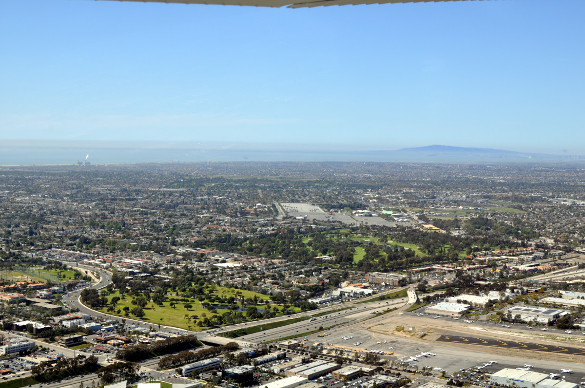 An aerial view of Costa Mesa, California, in March 2011. (Photo: D Ramey Logan/Wikimedia Commons)
