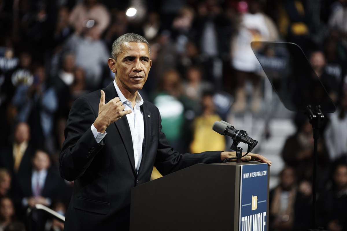 President Obama speaks to a crowd in Philadelphia. (Photo: LaMarr McDaniel/Shutterstock)