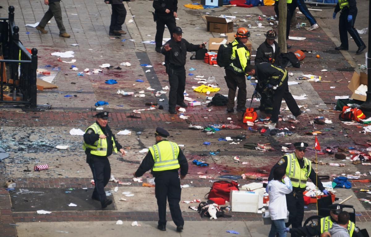 Police and other emergency workers on the scene after the Boston Marathon bombing. (Photo: russavia/Wikimedia Commons)