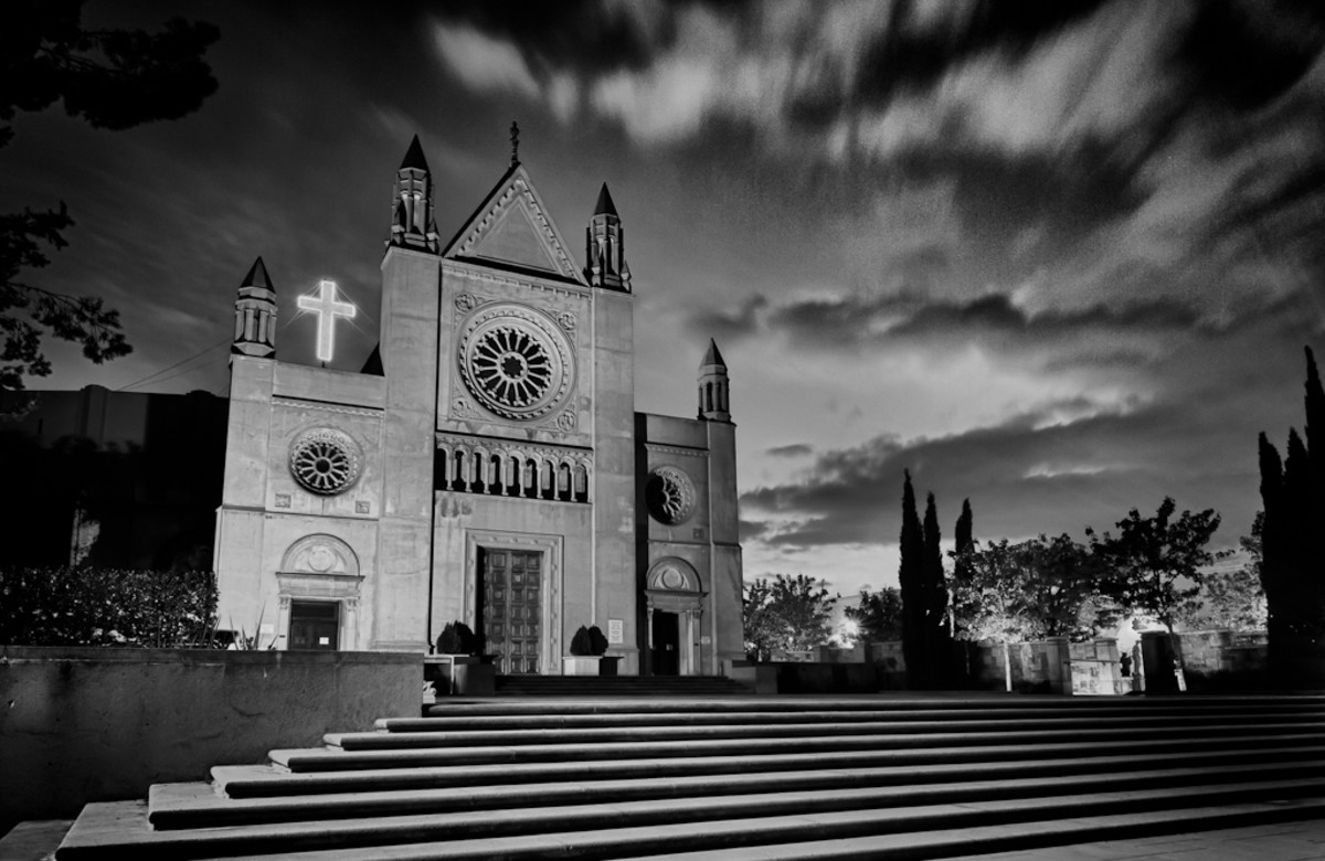 Church in Glendale, California. (Photo: Will Hastings/Flickr)