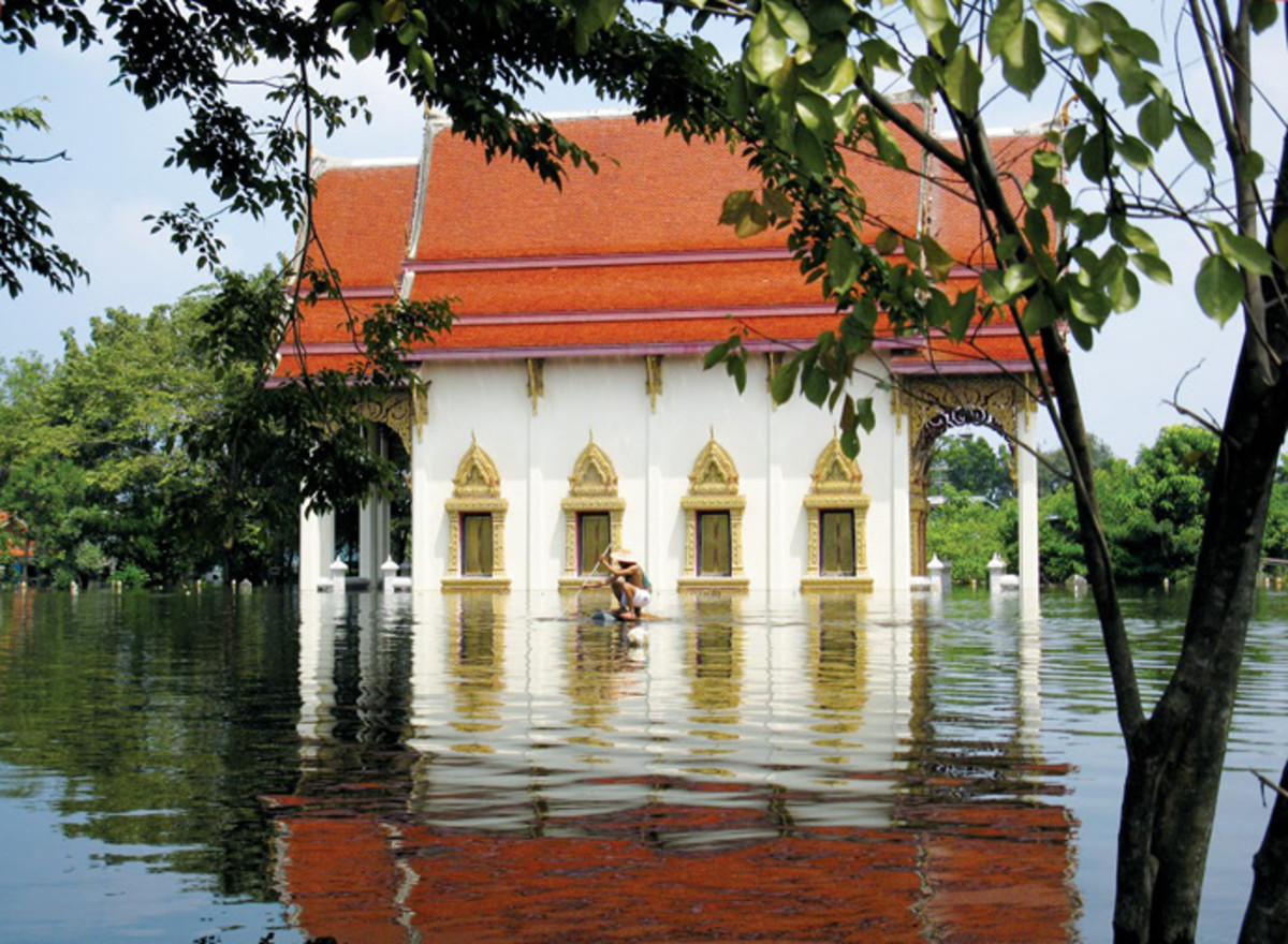 After a flood in Thailand. (Photo: Ben Hemingway, USAID/OFDA)