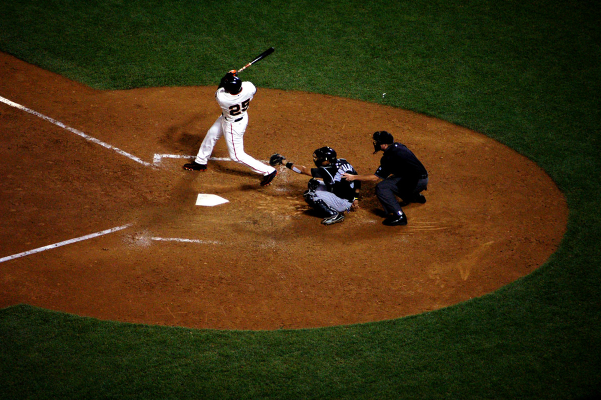 Barry Bonds of the San Francisco Giants hits career home run number 723 in a game  against the Colorado Rockies on August 4, 2006. (Photo: Daniel M. Silva/Shutterstock)