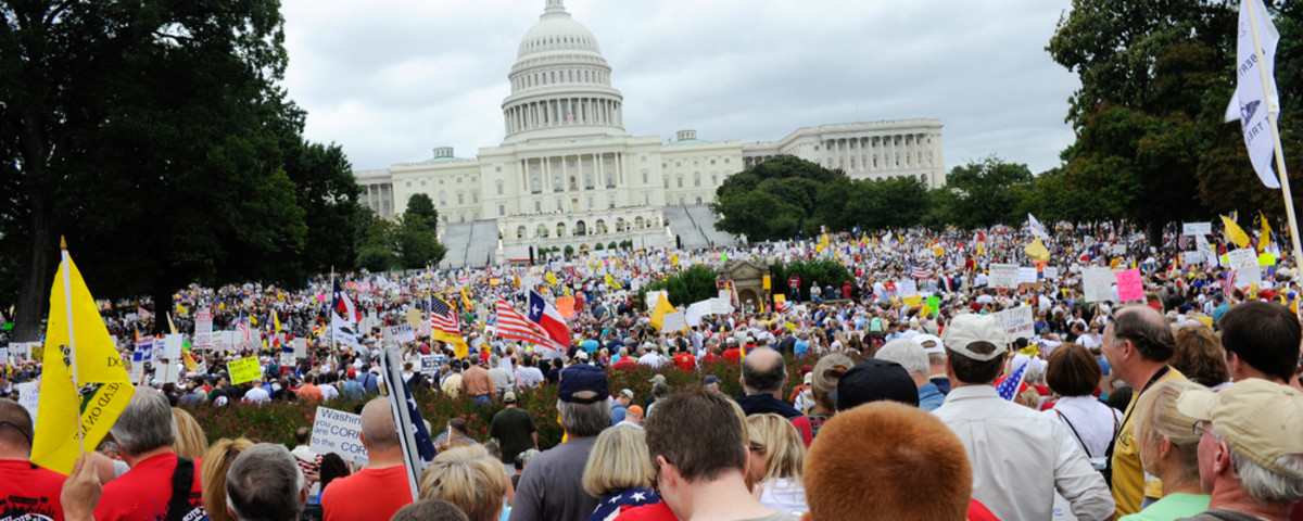 Protesters rally against government tax and spending policies on September 12, 2009, in Washington, D.C. (Photo: Rena Schild/Shutterstock)