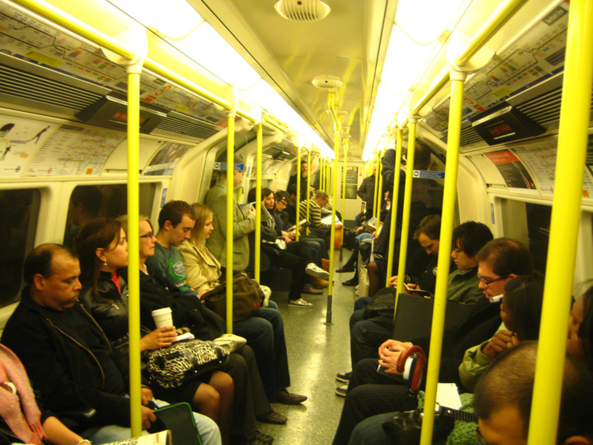 Experiments about delusions involved a virtual London tube train. (Photo: David Woo/Flickr)