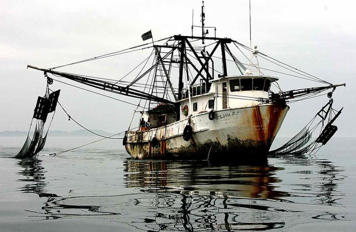 This ship is an illegal trawler from Gabon. (Photo: NOAA)