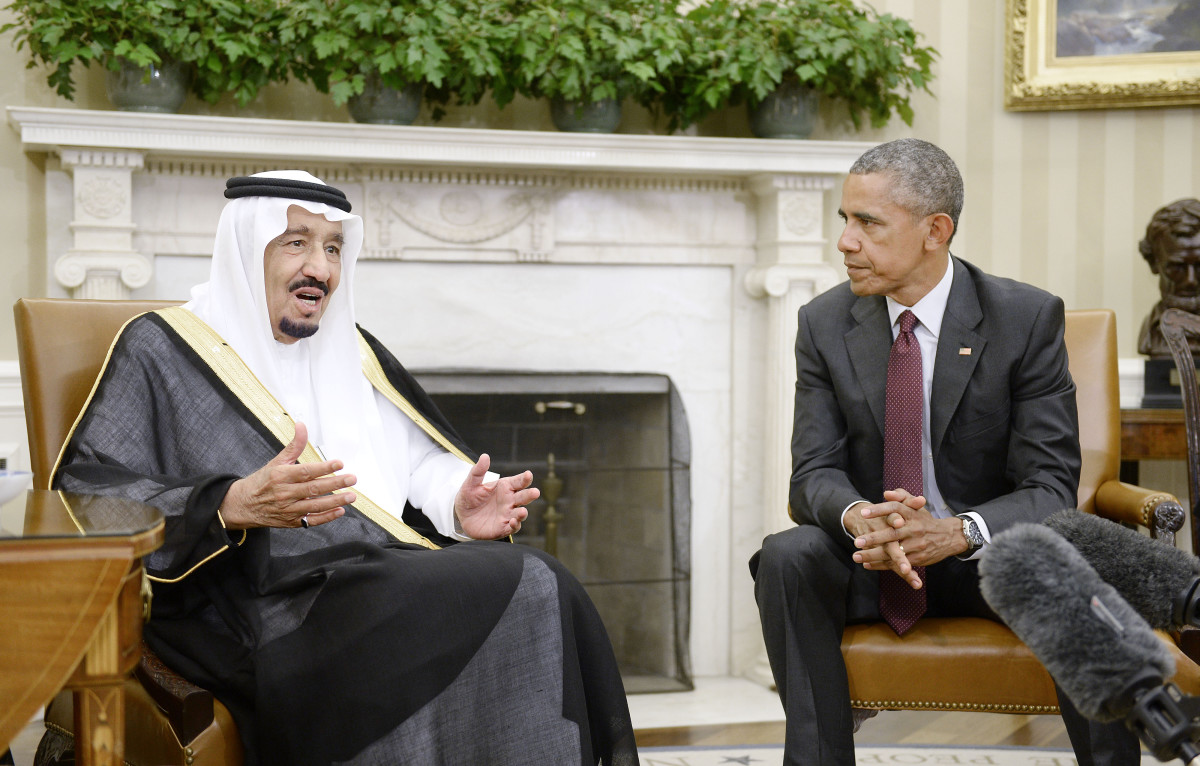 President Barack Obama looks on as King Salman bin Abdulaziz al-Saud speaks during a bilateral meeting in the Oval Office of the White House on September 4, 2015. (Photo: Olivier Douliery-Pool/Getty Images)