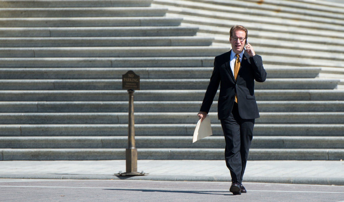 Congressman Peter Roskam: The personal injury lawyer now sitting on the House Ways and Means Health Subcommittee proposed taking cues from credit cards to fight fraud. (Photo: Bill Clark/Getty Images)